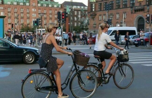 Women riding helps to fight climate change after COVID 19