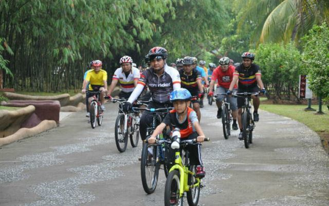 Cycling Family Putrajaya as the featured image for post name ecotric powerful fat tire e-bike.
