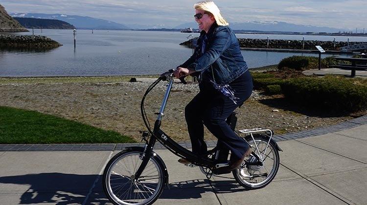 Blix Vika+ Biking as the featured image for Blix Vika+ Folding E-Bike Post.