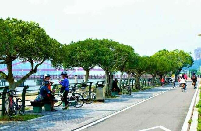 Cycling in Taiwan as the featured image for DOST Drop - The best affordable class 3 premium e-bike post.